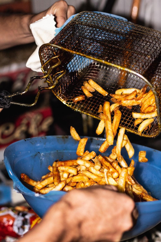 cuisson des frites et sauce poutine